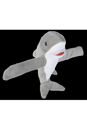 Pelúcia amorosa de tubarão