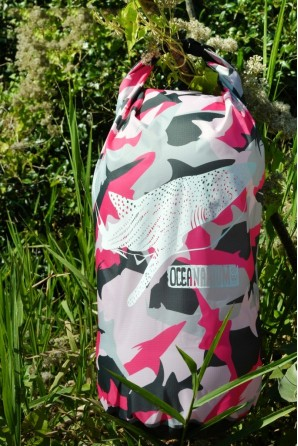 Sac Étanche Camouflage rose 15 L. Requin baleine
