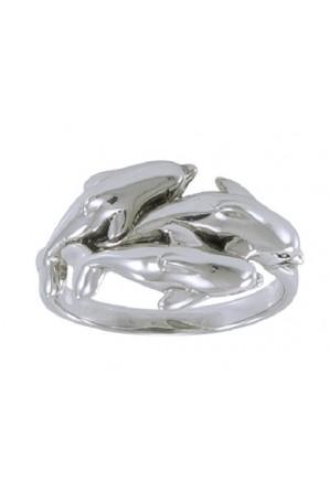 anello di tre piccoli delfini
