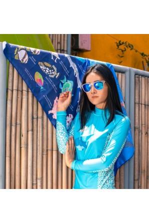Woman  blue aqua rashguard